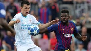 Lozano provocó la expulsión de Umtiti en el Camp Nou