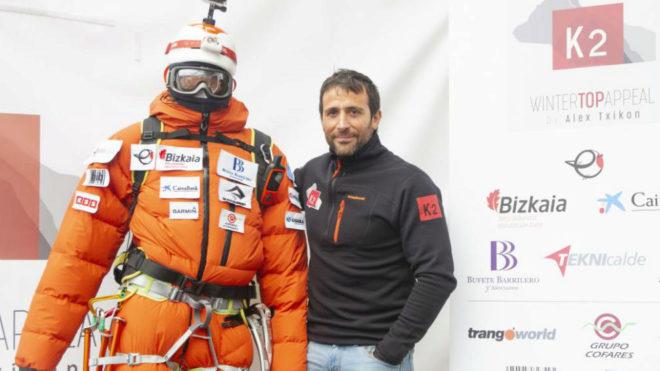 Alex Txikon, durante la presentación de la expedición.
