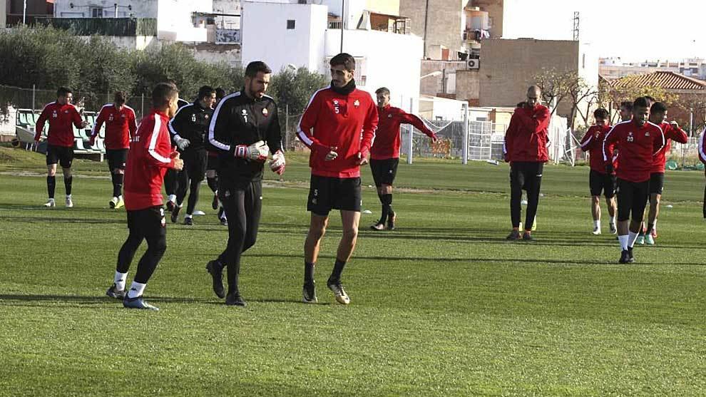 Uno de los últimos entrenamientos del Reus antes del parón navideño