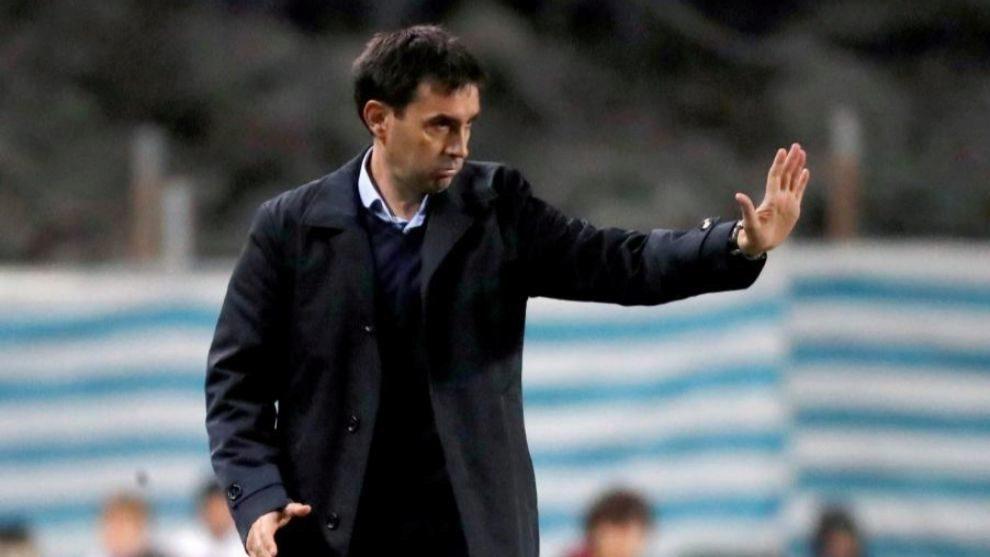 Asier Garitano se ha despedido esta tarde de sus ya ex jugadores de la...