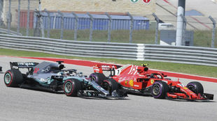 El Mercedes W09 de Hamilton, emparejado al Ferrari SF71H de Raikkonen...