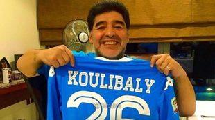 """Diego Maradona apoya a Koulibaly """"Yo también sufrí cantos..."""