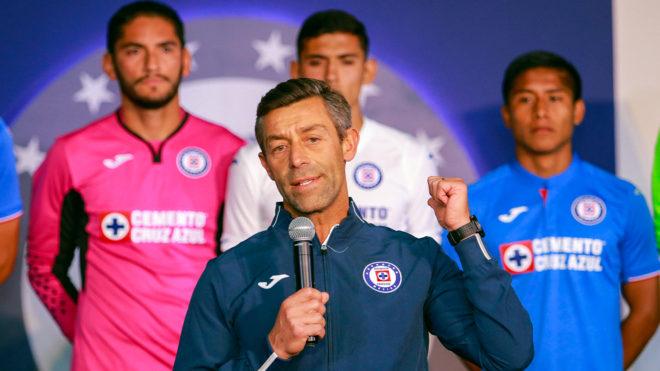 9342cf646 Liga MX  Pedro Caixinha