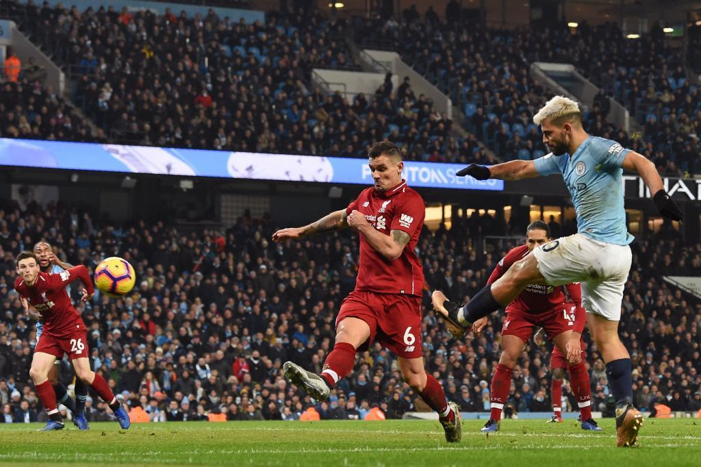 Manchester City ends Liverpool's unbeaten run to throw EPL title race wide open