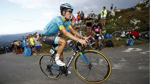 Pello Bilbao en las pendientes del Giro 2018.