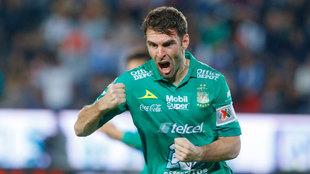 Mauro Boselli cierra su fichaje con el Corinthians