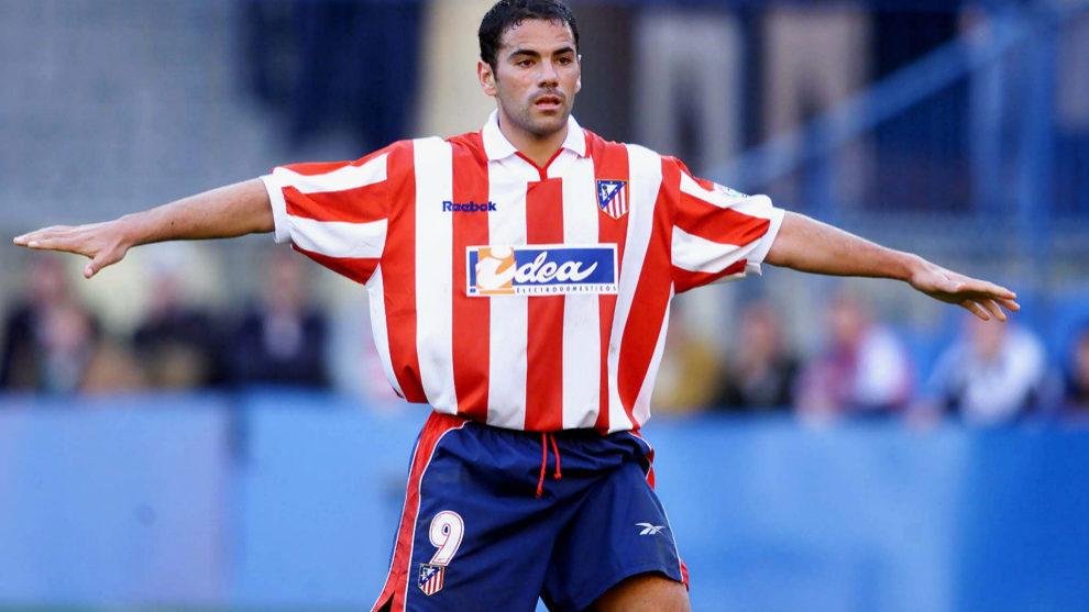 Salva Ballesta celebra un gol con el Atlético de Madrid