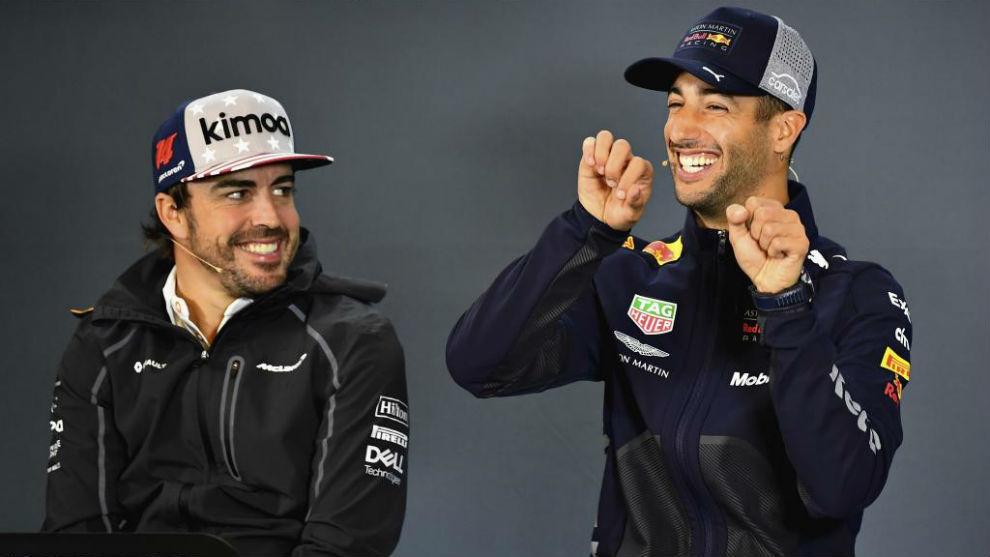 Alonso y Ricciardo, durante el pasado Gran Premio de EEUU.