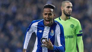 Militao, celebrando un gol ante el Schalke 04