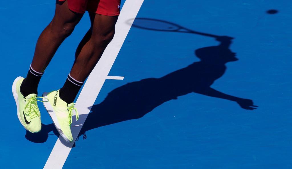 España arresta a 28 tenistas por arreglo de partidos