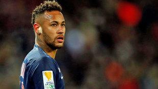Neymar quiere volver al Barcelona y abandonar el París Saint Germain.