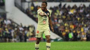 El colombiano no verá acción en la Liga MX hasta febrero.