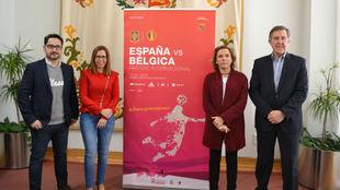 Acto de presentación del España-Bélgica en el estadio Cartagonova.