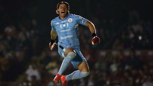 Lobos derrota a Veracruz y ve la salvación cada vez más cerca