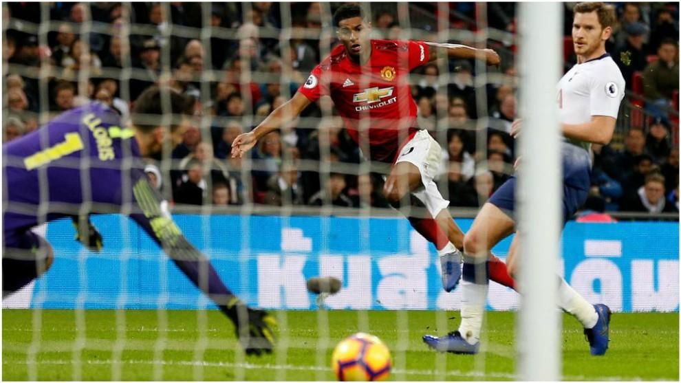 Enorme triunfo del United en Wembley