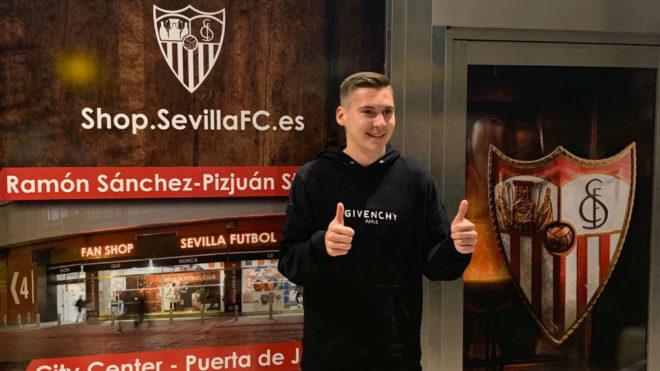 Wöber ya está en Sevilla