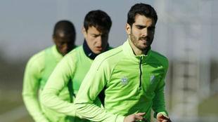 Bernardo Cruz, en el entrenamiento de hoy con el Granada