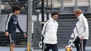 Jesus Vallejo and Santiago Hernan Solari