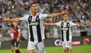 Cristiano celebra su gol al Milan.