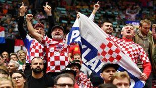 Seguidores croatas en un partido del Mundial /