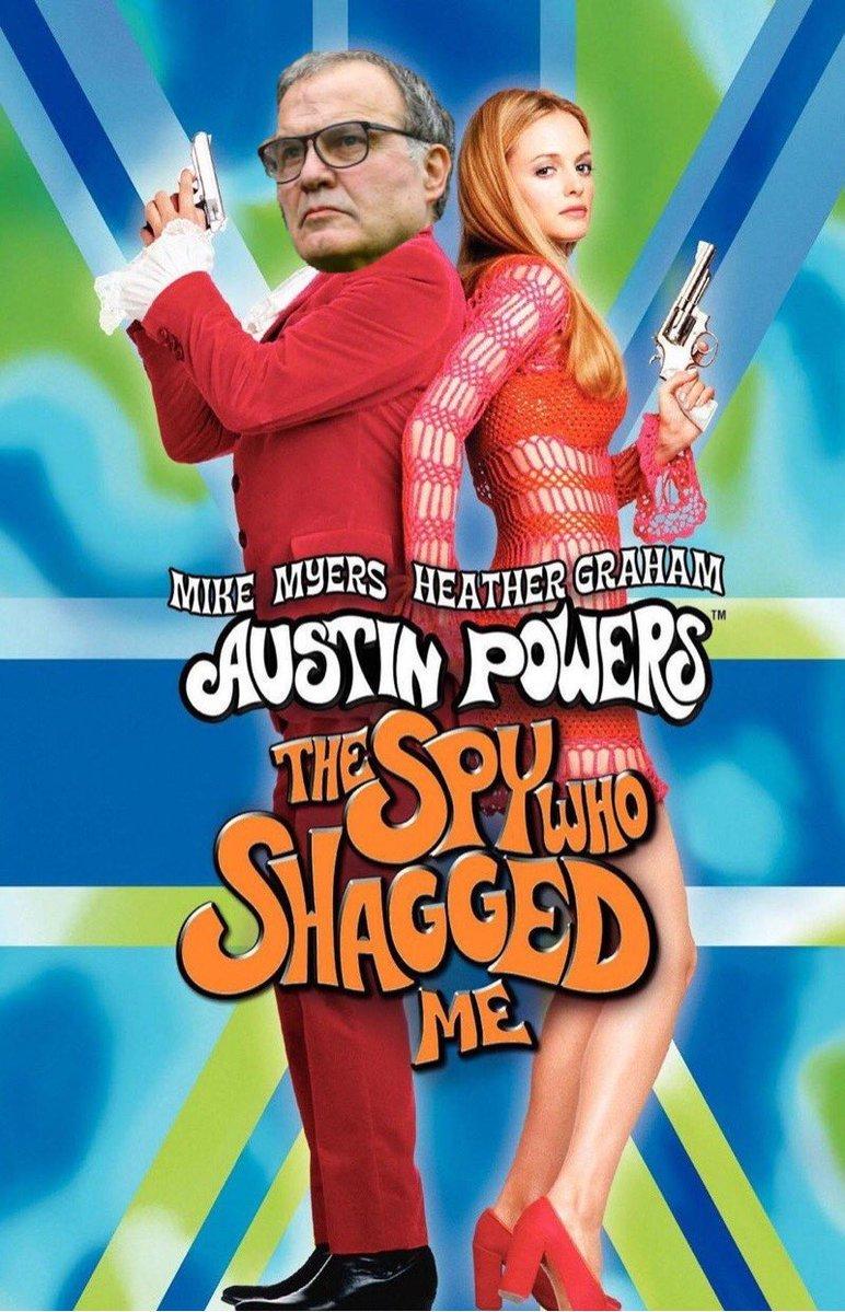 Marcelo Bielsa como 'Austin Powers: La espía que me achuchó'
