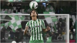 Diego Lainez, en su presentación como nuevo jugador del Betis.