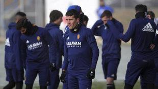 Los jugadores del Zaragoza , en un entrenamiento.