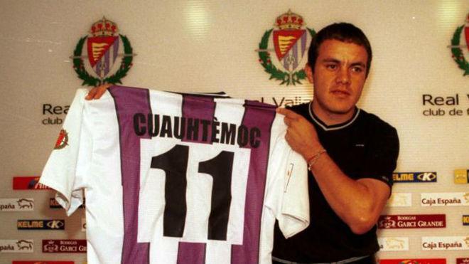 Cuauhtémoc Blanco, en su presentación con el Valladolid en el 2000/