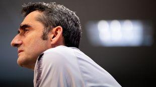 Ernesto Valverde durante una comparecencia ante los medios