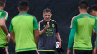 Juan Carlos Osorio durante un entrenamiento con la selección...