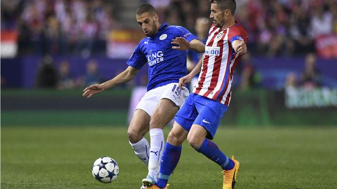 Slimani, en un partido de Champions con el Leicester.