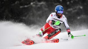 Marco Schwarz ha cimentado su victoria en el slalom para arriesgar al...