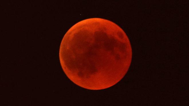 que es el eclipse lunar de sangre