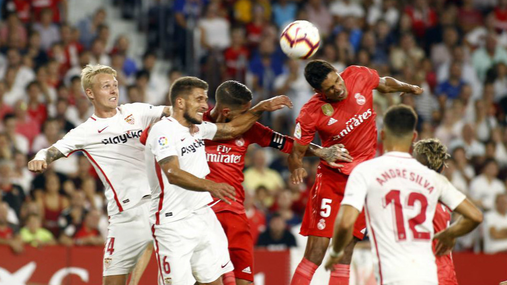 Sevilla Beat Real Madrid 3 0 In The First Round Of The Season