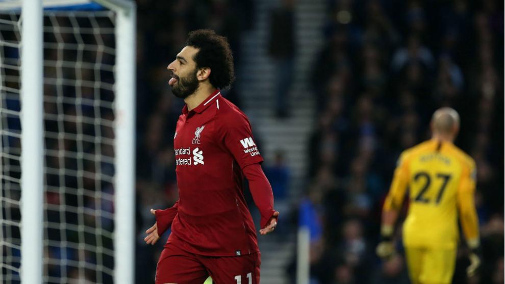 Salah celebra uno de los dos tantos que marcó al Crystal Palace