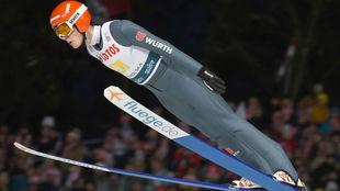 El alemán David Siegel, durante un salto