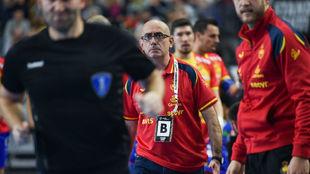 Jordi Ribera, disconforme con una decisión arbitral /