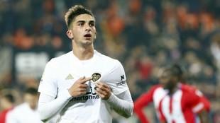 Ferran celebra el gol al Sporting en Mestalla