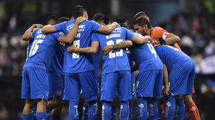 Cruz Azul quiere festejar sus 55 años en el máximo circuito con una...