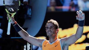 Nadal sigue brillando en Australia y no da opción a Berdych