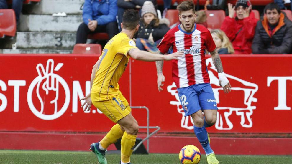 Álvaro Jiménez intenta irse de Felipe Alfonso