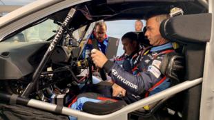 Loeb, hoy, a bordo de su nuevo coche, el Hyundai i20 Coupe WRC
