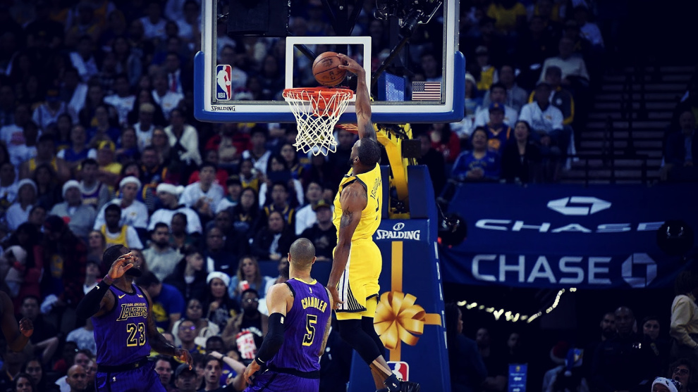 Los Warriors derrotan a los Lakers con récord de Thompson