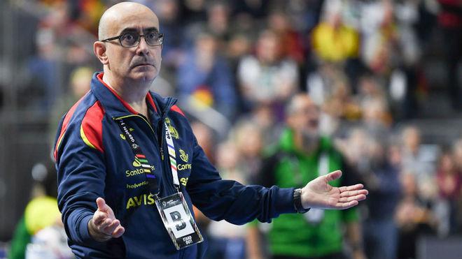 Jordi Ribera, seleccionador español, ante Brasil /