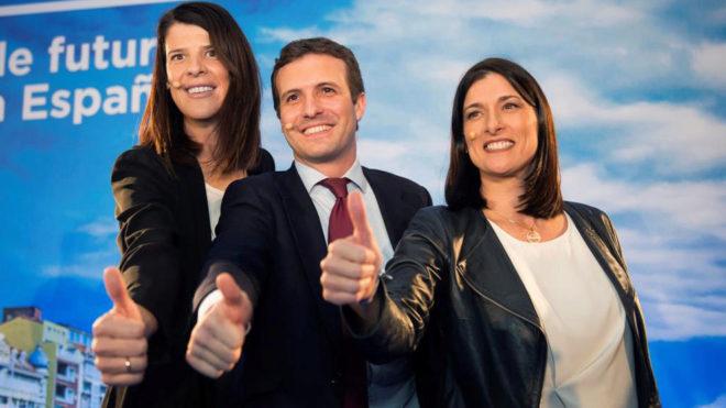 Ruth Beitia, junto a Pablo Casado y a la alcaldesa de Santander, Gema...