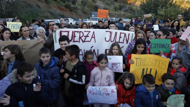 El Rescate De Julen Los Mineros Ya Estan En El Pozo Paralelo