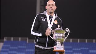 Pedro Gómez, con el título de campeón de la Federation Cup