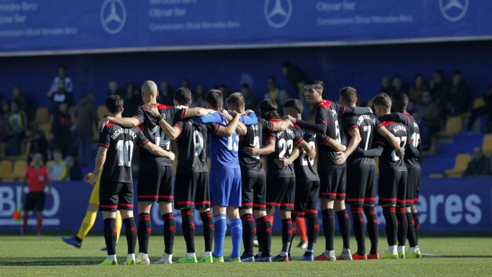 Los jugadores del Reus haciendo en primer parón de la temporada ante...