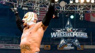 Mysterio, uno de los dos mexicanos ganadores