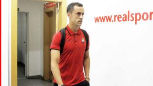 Linares durante su etapa como jugador del Reus.